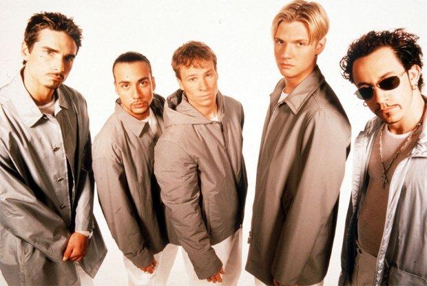 Backstreet Boys był jednym z najpopularniejszych zespołów w latach 90. Kto oskarża jednego z muzyków tej słynnej grupy?!