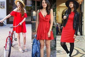 Czerwone sukienki w trzech wakacyjnych stylizacjach