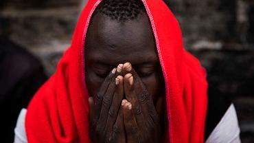 Migrant z Afryki w hiszpańskiej Tarifie
