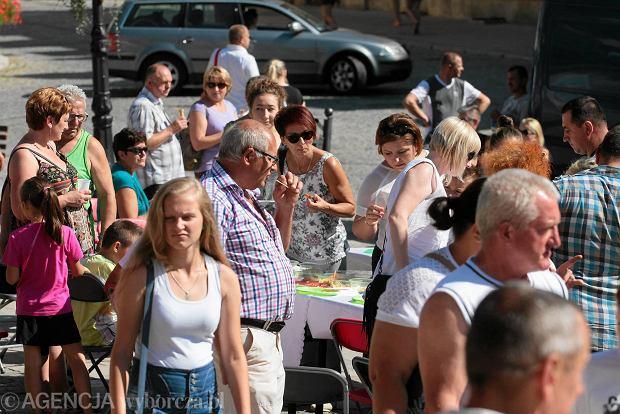 Śniadanie na rynku w Sandomierzu. Przynieś swoje potrawy i spróbuj dań innych