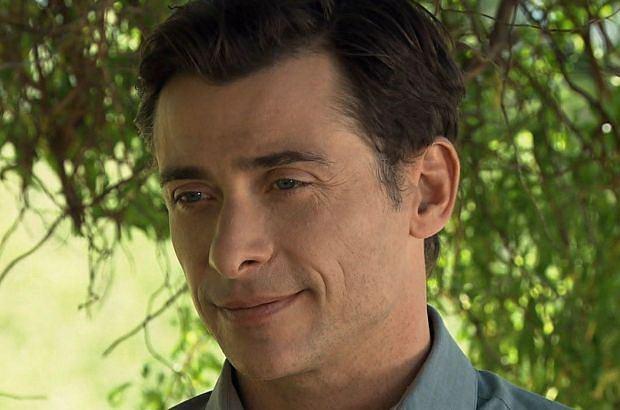 """Kacper Kuszewski, czyli serialowy Marek z """"M jak Miłość"""", odchodzi z serialu. Zdradził, jak będzie wyglądała ostatnia scena z jego udziałem."""