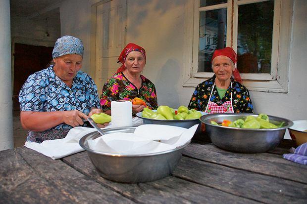Mołdawia, obróbka papryki na przetwory