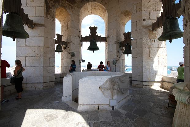 Kadyks, Hiszpania. Na zdjęciu dzwonnica katedry
