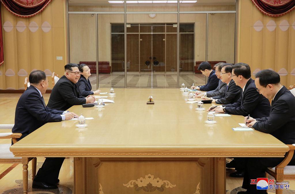 Rozmowy delegacji obu Korei