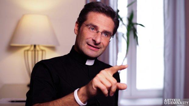 """Manifest księdza Charamsy do Kościoła katolickiego. Po 1. """"Wyzbycie się homofobii""""..."""
