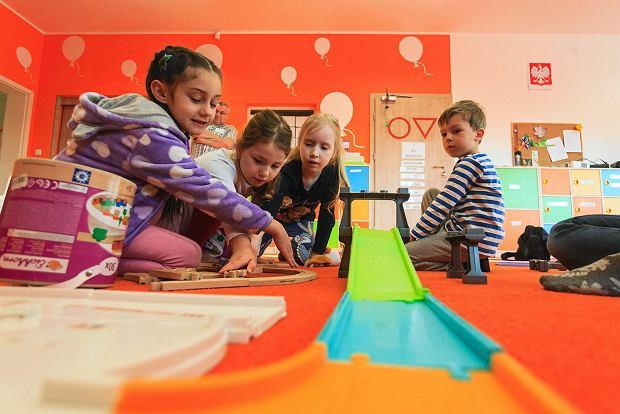 Zdjęcie numer 2 w galerii - Jak wychować dziecko? Jak być dobrym rodzicem? 7 mądrych podcastów od TOK FM