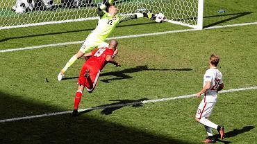 Dziwna decyzja UEFA. Po raz kolejny Polak nie zosta� graczem meczu