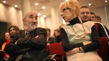 Stefan Bratkowski i Janina Paradowska. Redakcja ''Polityki'', marzec 2009 r.