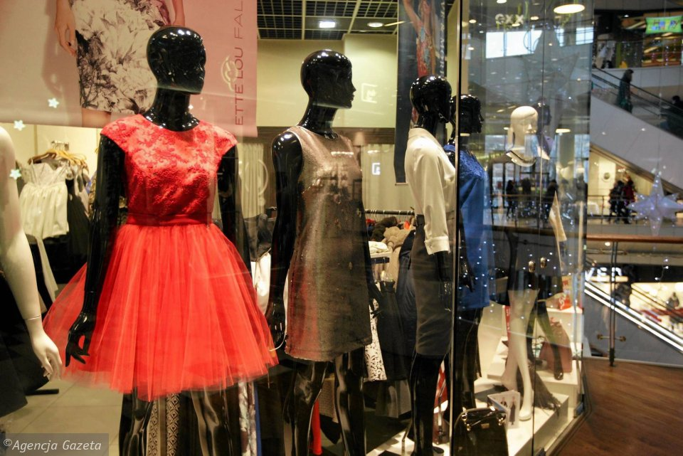 162efee939 Salon Ette Lou w galerii Korona