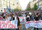 10 tys. ludzi na ulicach Budapesztu. Nawet Biały Dom krytykuje Orbána