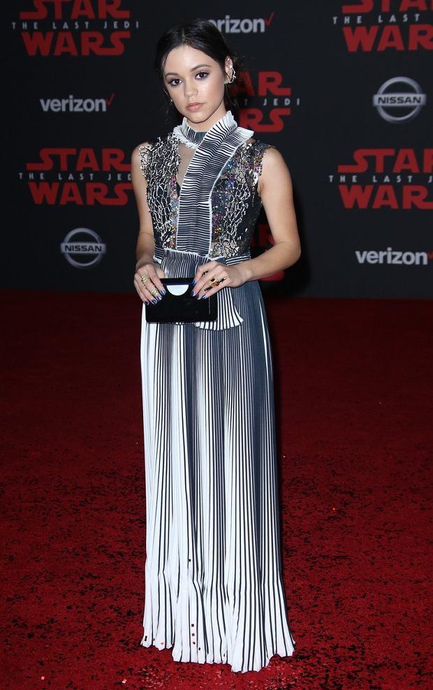 Premiera filmu: Star Wars: Jenna Ortega w sukni Gosi Baczyńskiej