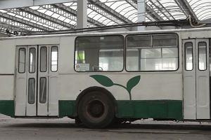Tak zmieniał się 'Ziutek'. Metamorfoza historycznego trolejbusu, który znowu wozi pasażerów [WIDEO]