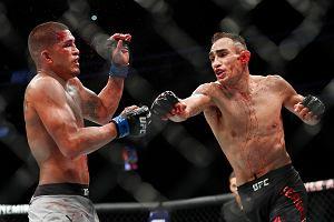 UFC 229. Po prawdziwej wojnie Tony Ferguson pokonuje Anthony'ego Pettisa
