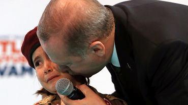 Prezydent Turcji powiedział 6-latce, że 'byłoby dla niej honorem zginąć jako męczennik'