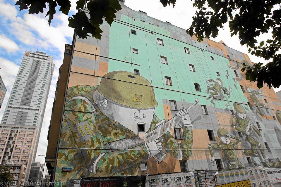 Mural z o nierzami zostaje 39 fala agresji i for Mural ursynow