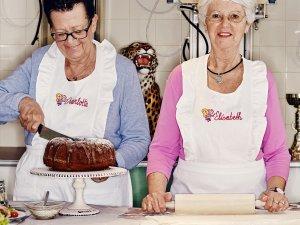 Seniorki pieką serniki i keksy dla hipsterów. Witajcie w wiedeńskiej kawiarni Vollpension