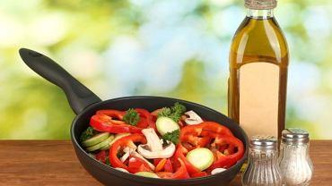 Gdy lekarz zaleca obniżenie poziomu cholesterolu, wcale nie zakazuje jeść tłuszczu. Ważna jest jego jakość