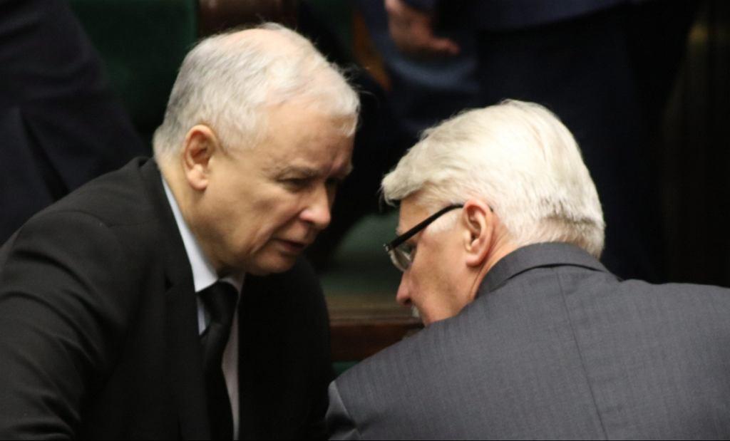 Jarosław Kaczyński i Witold Waszczykowski (fot. Sławomir Kamiński/AG)