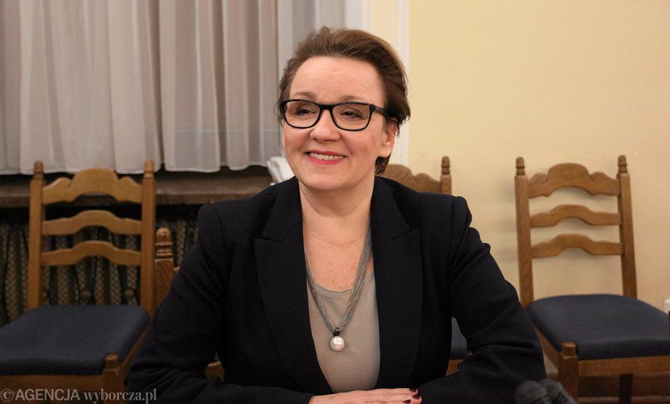 Minister edukacji w rządzie PiS Anna Zalewska podczas posiedzenia Komisji Edukacji. Warszawa, Sejm, 22 lutego 2017