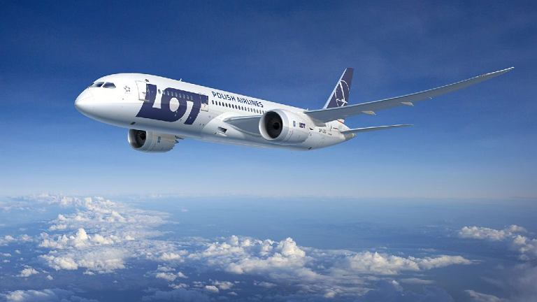 Boeing 787 Dreamliner w malowaniu Polskich Linii Lotniczych LOT