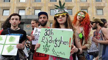 2.06.2015, Tbilisi, wiec zwolenników legalizacji marihuany.