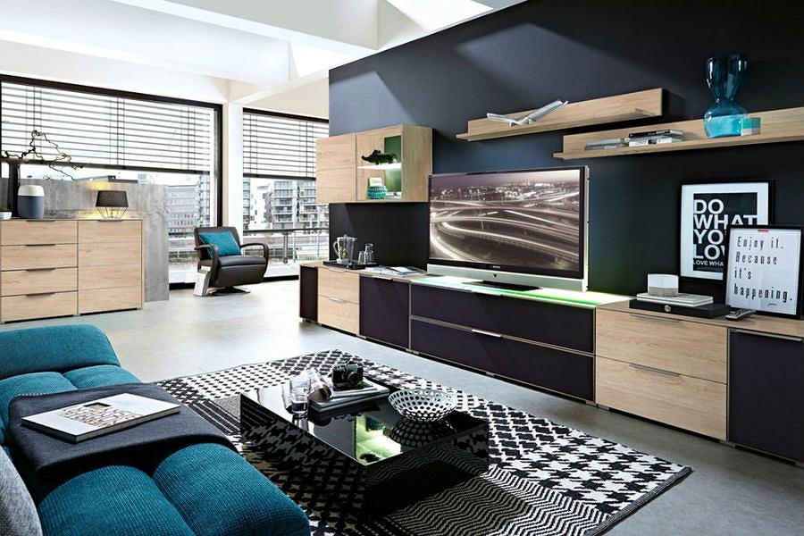 Szafka pod telewizor w salonie