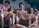 """Seksimprezy nastolatków. """"Podczas orgii doświadczają bliskości, której brakuje im w domu"""" [18+]"""
