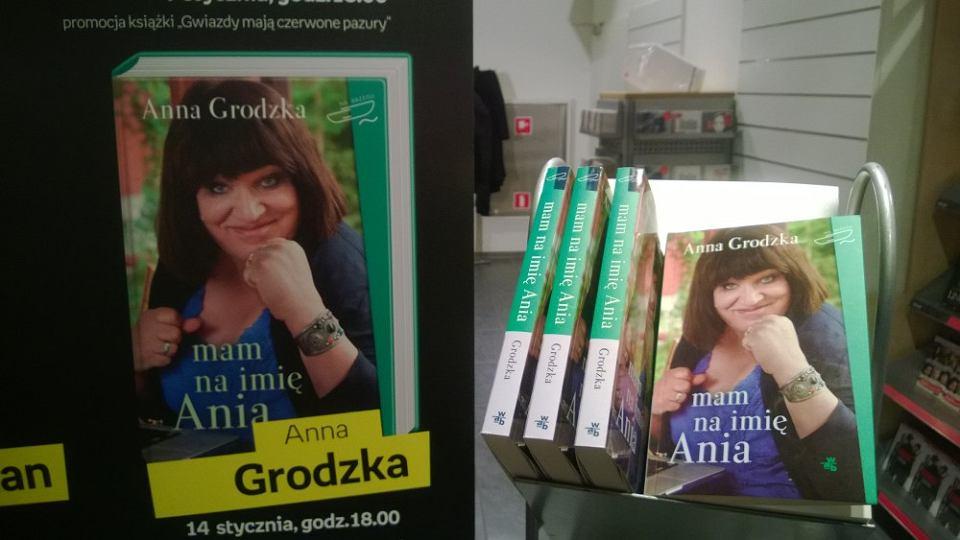 Zdjęcie numer 3 w galerii - Awantura podczas promocji książki Anny Grodzkiej w Empiku