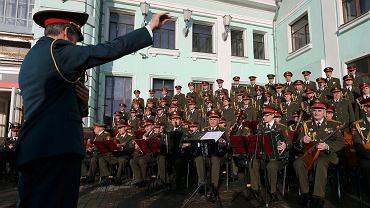 Chór Aleksandrowa podczas wystepu. Członkowie pierwszego zespołu byli na pokładzie tupolewa, który spadł do Morza Czarnego