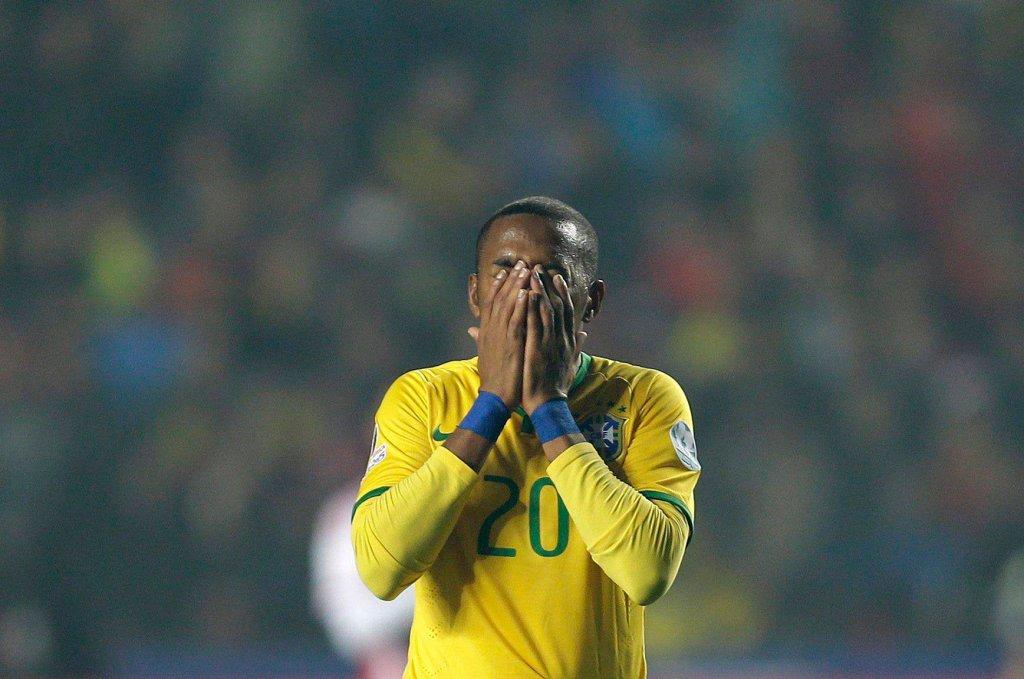 Zdjęcie numer 2 w galerii - Robinho, były reprezentant Brazylii podpisze kontrakt z nowym klubem, a proces trwa