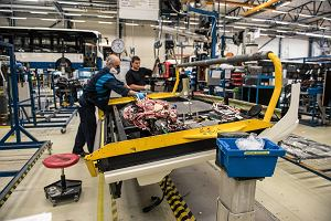 MFW podniósł prognozy wzrostu PKB Polski. Na zdjęciu linia produkcyjna we wrocławskiej fabryce Volvo Buses
