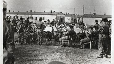 M. Czarnecki dyryguje