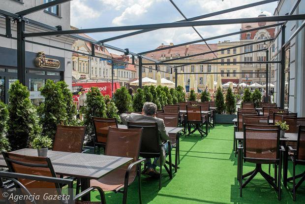 Zdjęcie numer 0 w galerii - Stary Rynek i okolice są jednym wielkim ogródkiem