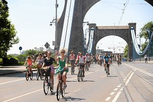 Jak jeździć na rowerze po mieście? [NASZ PORADNIK]