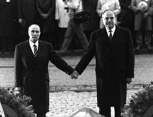 Zdjęcie numer 1 w galerii - Helmut Kohl nie żyje. Byłego kanclerza nazywano