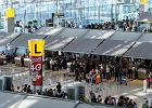 Ponad 300 Polaków utknęło w Tajlandii, od poniedziałku czekali na samolot. Teraz zaczęli wracać do kraju