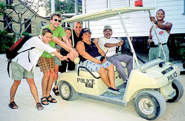 Policyjny meleks na Caye Caulker wystarcza do pościgów za złoczyńcami.