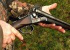 Myśliwy strzelał do kaczek w lesie w Tychach. Postrzelił człowieka