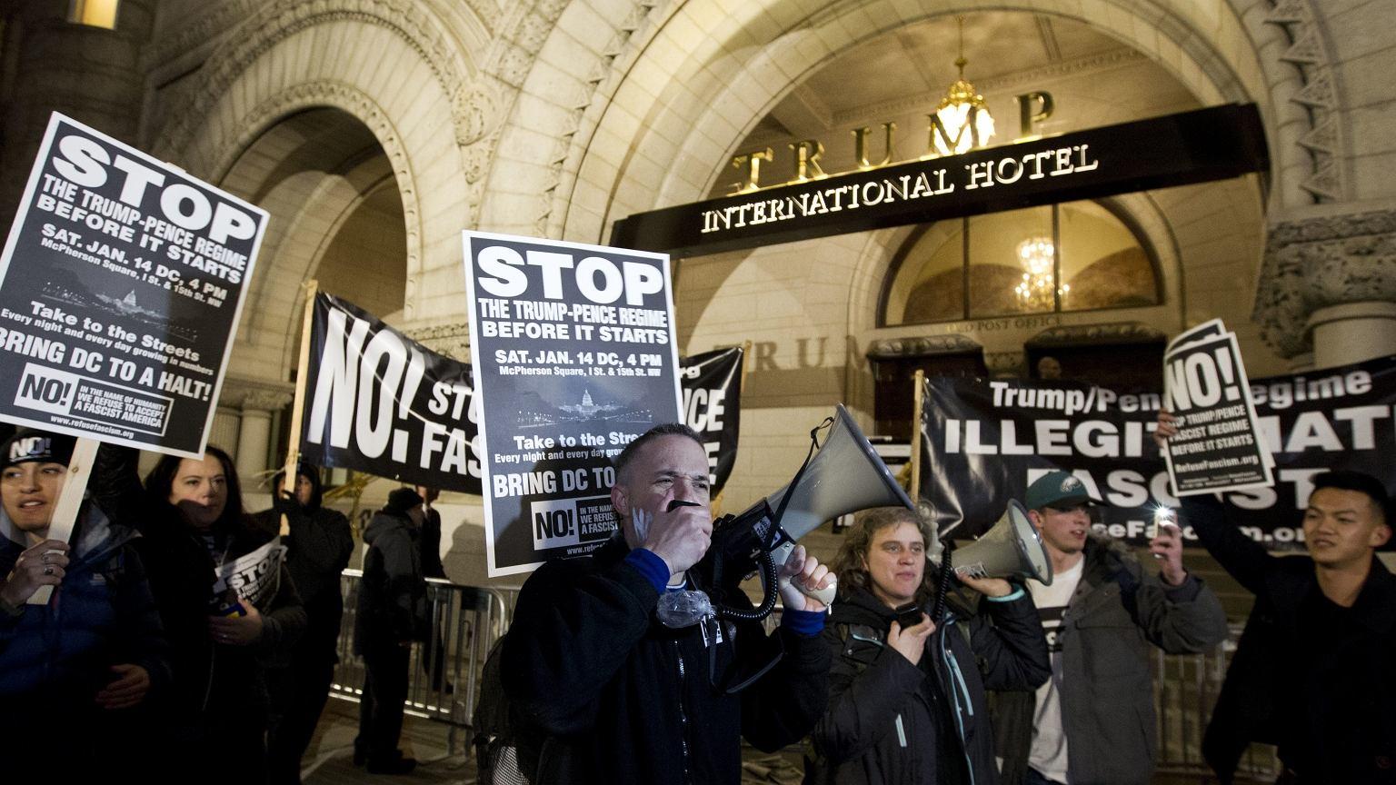 Demonstracja pod hotelem Donalda Trumpa w Nowym Jorku