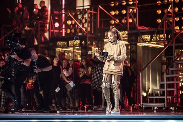 W nocy z 20 na 21 maja czasu polskiego jedne z najważniejszych muzycznych nagród zostały rozdane w Las Vegas. Prowadzącą Billboard Music Awards 2018 była Kelly Clarkson. Łącznie rozdano ponad 50 nagród w tym Nagrodę dla ikony, która przypadła Janet Jackson.