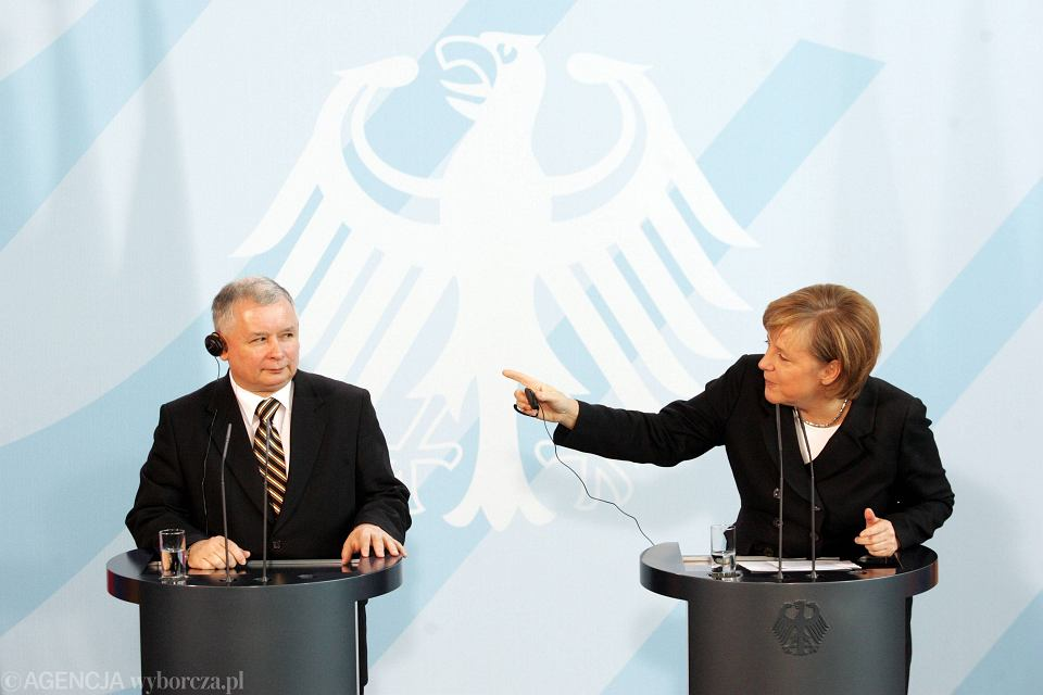 Premier Jarosław Kaczyński podczas spotkania z Kanclerz Niemiec Angelą Merkel, Berlin 2006