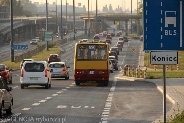 Najdłuższe linie w Warszawie. Autobusy jadą ponad 40 km