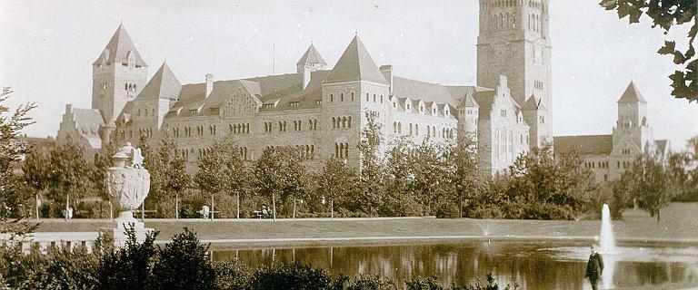 Zamek cesarski na początku XX w - jak wyglądał w środku i na zewnątrz? [ARCHIWALNE ZDJĘCIA]