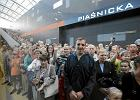 Brawa dla pierwszego tramwaju na Franowo. Tysi�ce poznaniak�w przysz�y si� przejecha�