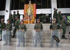 Król Tajlandii Bhumibol Adulyadej poparł pucz wojskowy