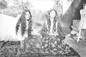 Papusza z harf�, Romowie sprzed p�wiecza, Pary� '60... Zobacz zdj�cia z archiwum Jerzego Ficowskiego