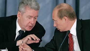 Doradca Putina i mer Moskwy Siergiej Sobianin wraz z prezydentem podczas spotkania z przedstawicielami Dumy w hotelu pod Moskwą