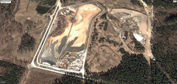 Zdjęcie numer 0 w galerii - Takim zmianom ulegał teren wokół składowiska odpadów na terenie Zachemu