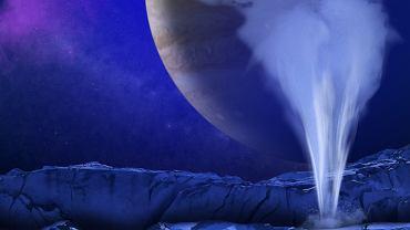 Gejzer, tryskający spod lodowej skorupy Europy - wizja artysty