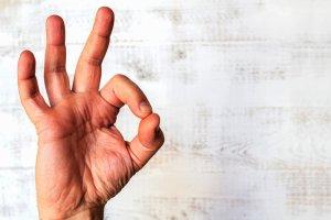 10 mit�w na temat mowy cia�a. W co i dlaczego wierzymy?